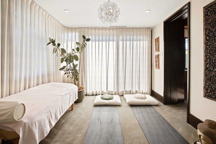 massage room in matt damon's house